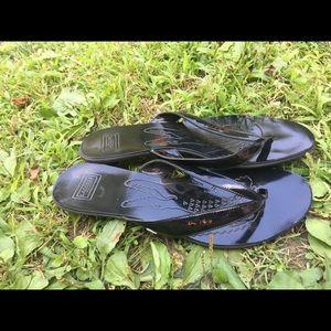 bea195e071bd5a Lacoste Shoes - Women s Lacoste Black Low Heel Thong Sandals 9M